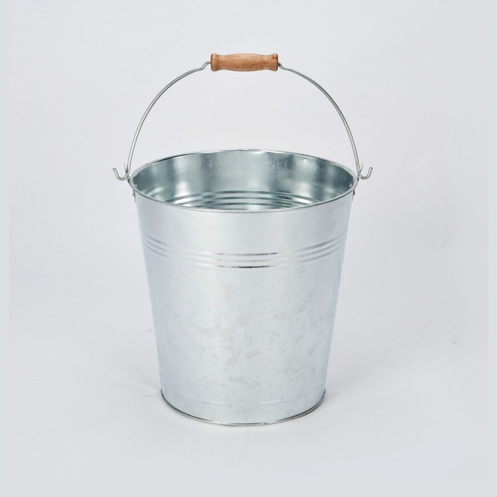 12 Litre Galvanised Bucket With Handle