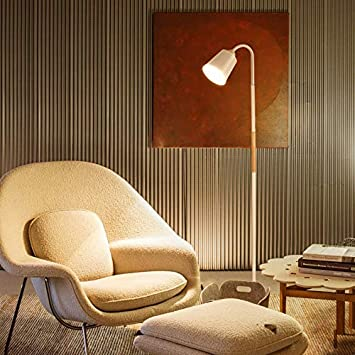 Scandinavian Moderne Stehlampe Aus Holz Fuhrte Das