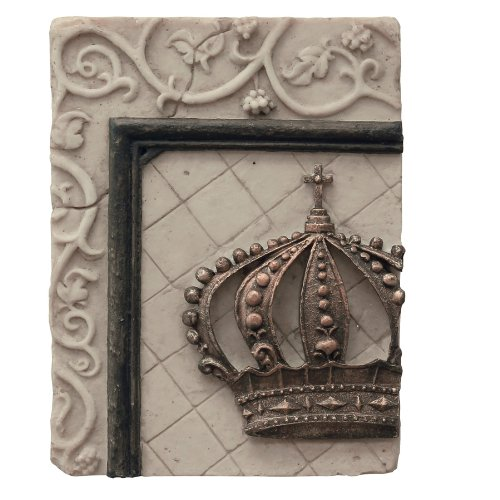 Briarwood Polyresin Crown 2 Wall Plaque
