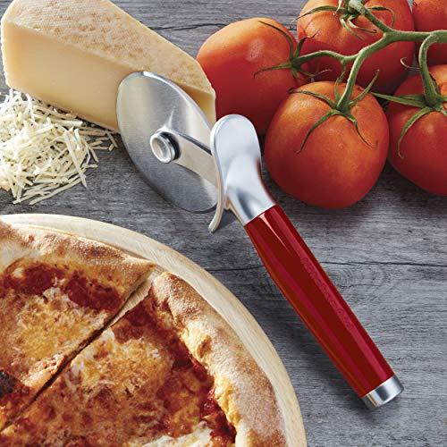 Slice pizza like a pro