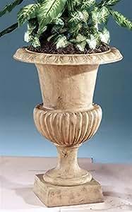 Grande tradicional urna en Tea Stain acabado