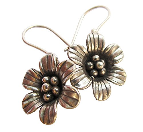 (ThaiJewelry APPOX 5.99 G. BEAUTIFUL THAI KAREAN HILL TRIBE SILVER EARRING SIZE 20 x 40 MM BY HAND MADE)
