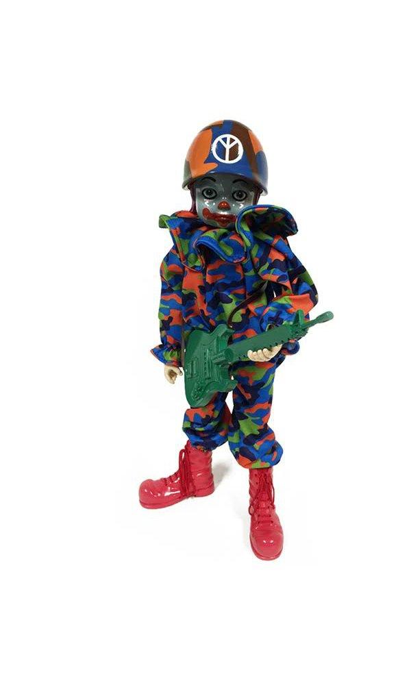 Amazon.com: Popaganda Camo Peace Clown Combrat 12