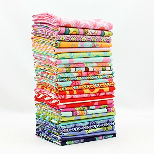 Tabby Road - Fat Quarter Bundle (TP.TR.26FQ) by Tula Pink for Freespirit by Free Spirit
