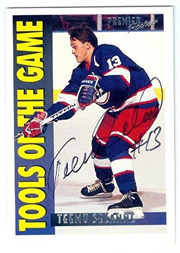 Premier Tool - Teemu Selanne autographed hockey card (Winnipeg Jets) 1995 Topps Premier #416 Tools of Game
