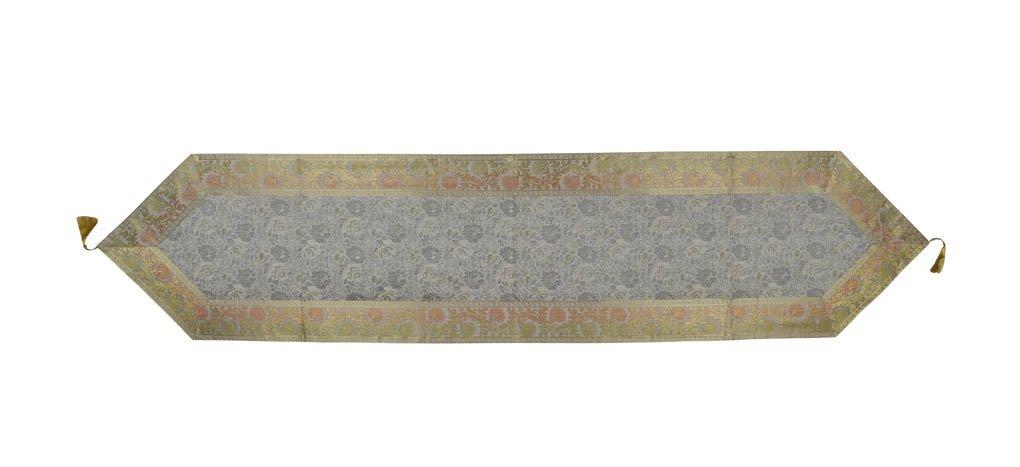 Lalhaveli Classy、耐久マルチ目的グレー色シルクテーブルランナータッセル72 x 16インチ   B07CSR47H5