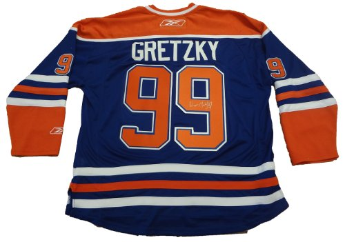 Wayne Gretzky Autographed Edmonton Oilers Jersey W/PROOF, Picture of Wayne Signing For Us, Hall of Fame,