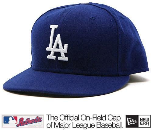 82168bba78a Los Angeles Dodgers Official On Field Hat at Amazon s Sports Collectibles  Store