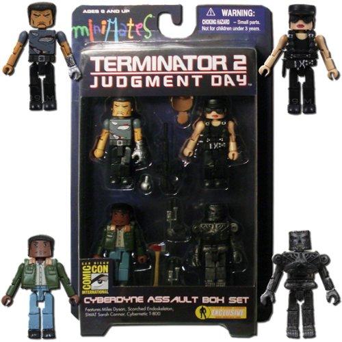 Diamond Select 2009 SDCC San Diego Comic-Con Exclusive Terminator T2 Minimates Cyberdyne Assault Box Set (Miles Dyson, Scorched Endoskeleton, SWAT Sarah Connor and Cybernetic T-800)