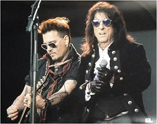 Cooper Signed Photo - Johnny Depp Alice Cooper Dual Hand Signed Autographed 16x20 Photo GA 848114