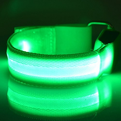 Fashion&cool LED Slap Band, USB Rechargeable Light Up Sport Armband, Glow in The Dark Adjustable Bracelets for Men&Women, Night Safety Lights for Running, Jogging Cycling, Hiking]()