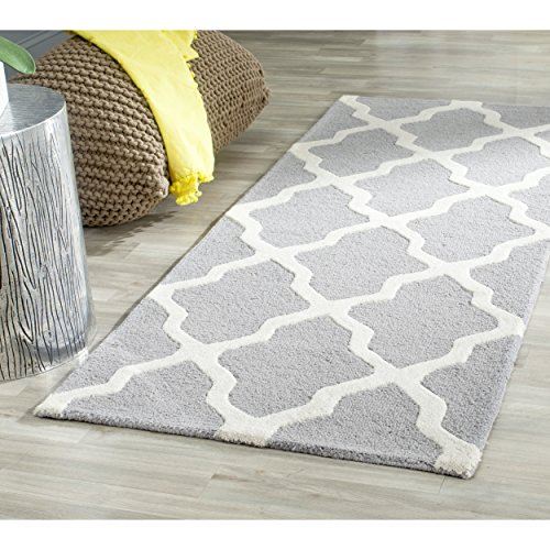 Safavieh Cambridge Collection CAM121D Handmade Moroccan Geometric Silver and Ivory Premium Wool Runner (2'6'' x 12') by Safavieh