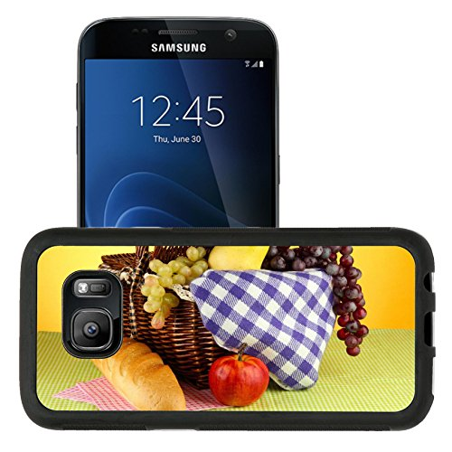Liili Samsung Galaxy S7 Aluminum Backplate Bumper Snap Case retriver Photo 19682663 iPhone6 IMAGE ID: 18966272 Picnic basket with fruits on cloth on yellow background