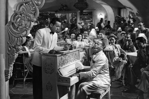 Humphrey Bogart and Dooley Wilson in Casablanca playing piano in ...