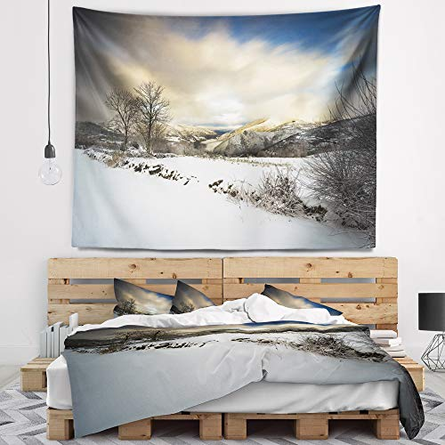 Designart TAP9493-39-32 'Snow Storm in Spain' Landscape Photography Tapestry Blanket Décor Wall Art for Home and Office, Medium: 39 in. x 32 in, Created on Lightweight Polyester Fabric by Designart