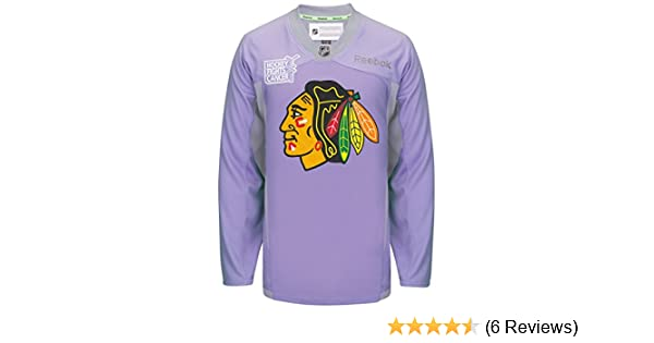 36e948d5bca Amazon.com : Chicago Blackhawks Reebok NHL Hockey Fights Cancer Practice  Men's Jersey : Sports & Outdoors