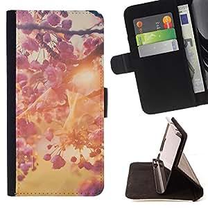 - Queen Pattern FOR HTC One M7 /La identificaci????n del cr????dito ranuras para tarjetas tir????n de la caja Cartera de cuero cubie - spring sun summer apple blossom tree -