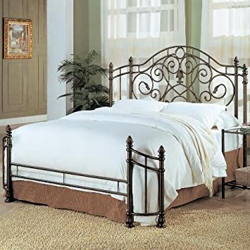 Mill Valley Queen Headboard and Footboard in Antique Green