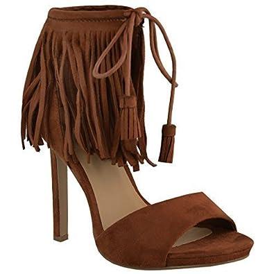 Schuhe mit absatz und fransen