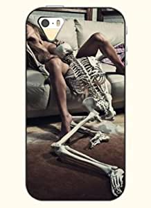 OOFIT Phone Case Design with Skull Making Love with A Lady for Apple iPhone 5 5s 5g