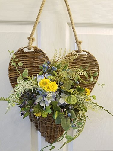 Large Willow Heart Wall Basket With Jute Rope Hanger - Flowers Not Included ()