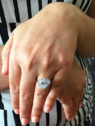 14k White Gold Heart Shape and Baguettes Simulated Diamond Engagement Ring Antique Deco, Bridal, Wedding, Anniversary 3.00ctw ()