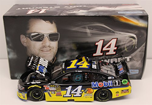 Lionel Racing C145821C3TS Tony Stewart #14 Code 3 Associates 2015 Chevy SS 1:24 Scale ARC HOTO Official NASCAR Diecast Car by Lionel Racing