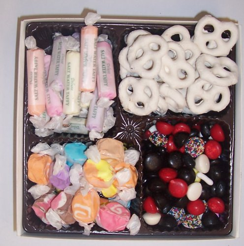 Scott's Cakes Large 4-Pack Yogurt Pretzels, Salt Water Taffy, Nougat Taffy, & Licorice Mix