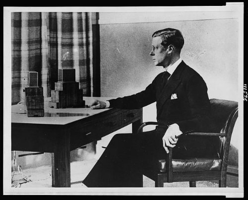 Photo: King Edward VIII,radio broadcast,succeeding throne 1936