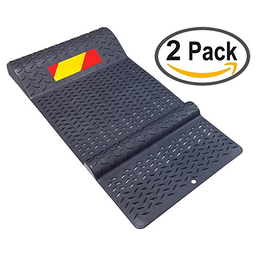 Garage Parking Mat (Pair of Plastic Park Right Parking Mat Guides for Garage Vehicles, Antiskid Car Safety - Gray)