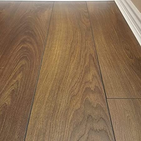 Oak Laminate Flooring Easy Fit For Any Room Kitchenbedroomliving