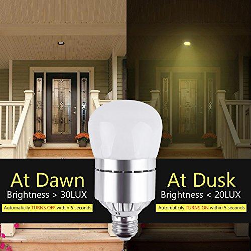 LED Dusk To Dawn Sensor Light Bulb 12W 1200LM E26 Socket