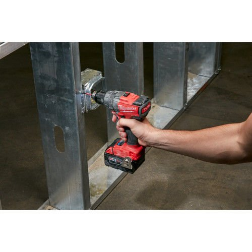 MILWAUKEE 2705-22 M18 Fuel 1 2 Inch Drill Driver Kit