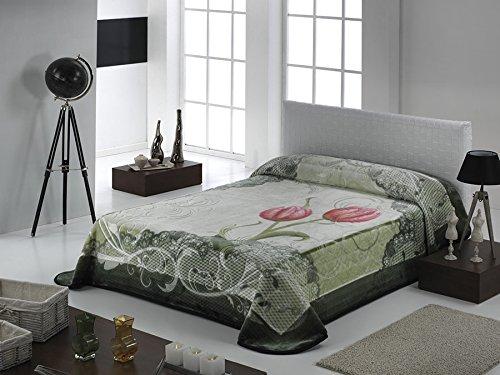European - Made in Spain warm blanket Imperial Embossed 220x240 1 PLY by MORA Blankets