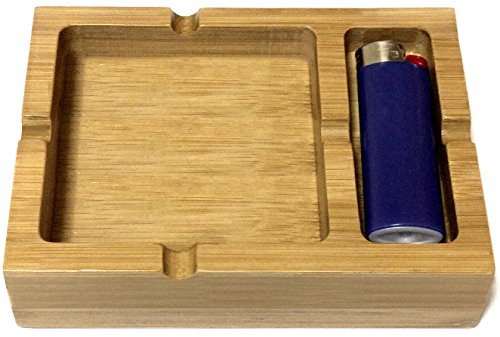 (Bamboo Ashtray with Space for Your Lighter)