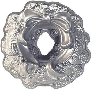 Nordic Ware Platinum Holiday Wreath Bundt Pan