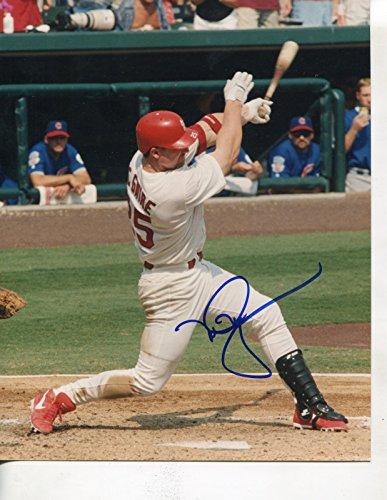 (* MARK McGWIRE * St. Louis Cardinals signed 8x10 photo / UACC Registered Dealer # 212)