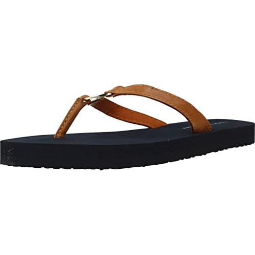 2eb1dfe7e92bbd Tommy Hilfiger Women s Metal Hardware Beach Sandal Flip Flops ...