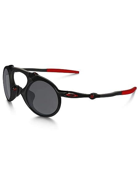 7391a7c603 Oakley Men s Madman OO6019-06 Polarized Iridium Round Sunglasses ...