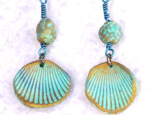 Beads Accent Shell Earrings - 2