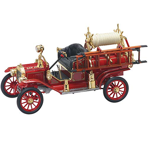 FAIRFIELD COLLECTIBLES 1914 Ford Model-T Fire Truck Die Cast - 1:18 Scale Collectible