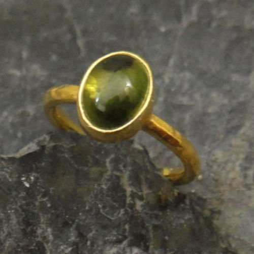Ancient Design Handmade Natural Green Tourmaline Ring 22K Gold over Sterling Silver ()