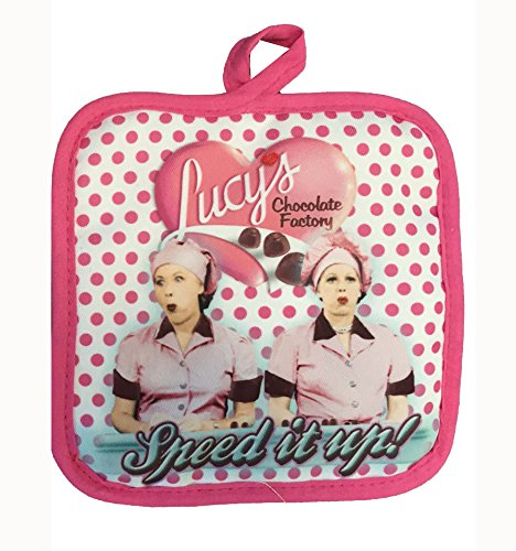 I Love Lucy Oven Mitt / Pot Holder Set ()