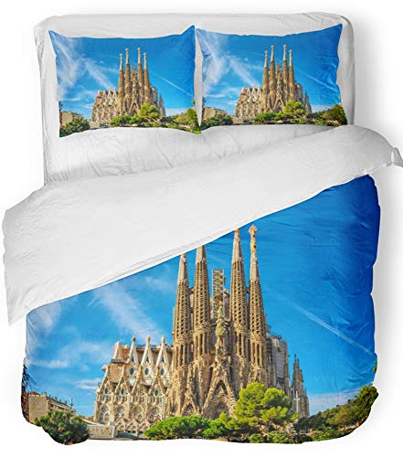 Emvency Bedsure Duvet Cover Set Closure Printed Decorative Barcelona Spain September 24 Cathedral of La Sagrada Familia It Is Designed Breathable Bedding Set With 2 Pillow Shams Twin Size by Emvency