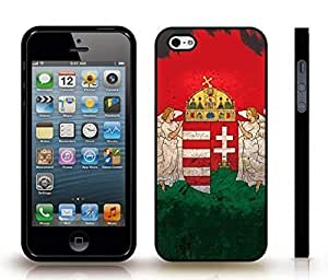iStar Cases? iPhone 4 Case with Hungary Flag Grunge Look Design , Snap-on Cover, Hard Carrying Case (Black)