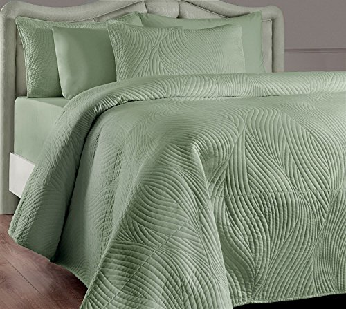 Brielle Stream Quilt and Sham Set, King, Sage