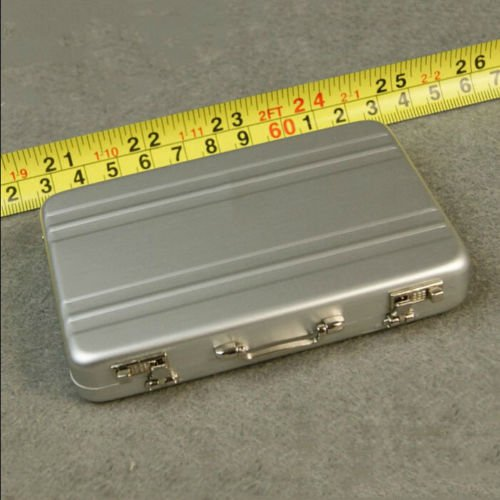 Smartchef HOT FIGURE TOYS 1/6 silver Metal portable suitcase delicate box can be (Halloween Aktionen)