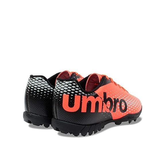 Chuteira Society Masculino Umbro Innverse  Amazon.com.br  Amazon Moda 5c8a058c9d1d9