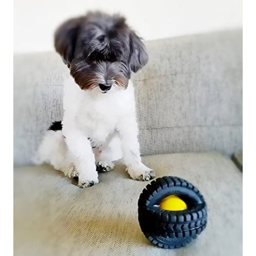 delicate Pet Qwerks Animal Sounds X Tire Ball Dog Toy