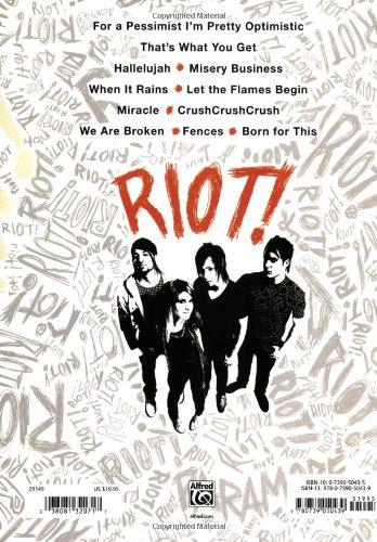 Riot!: Amazon co uk: Paramore: Books